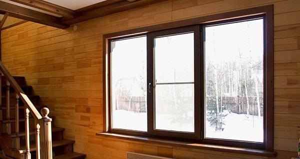 Пластиковые окна в деревянном доме, дачные окна, остекление коттеджей под ключ в Новосибирске