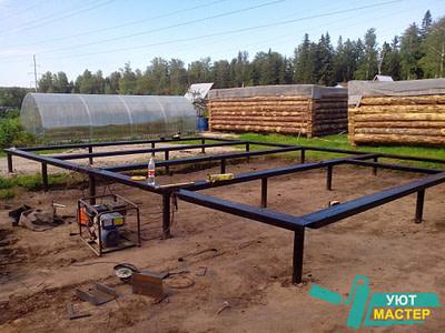 Свайно винтовой фундамент цена с установкой, заказать винтовой фундамент под ключ в Новосибирске недорого.