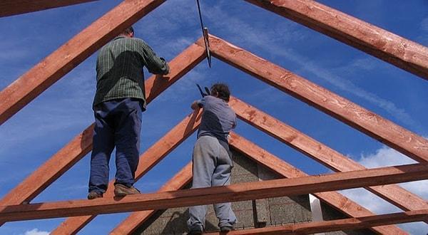 Двухскатная крыша недорого отделка и монтаж под ключ.