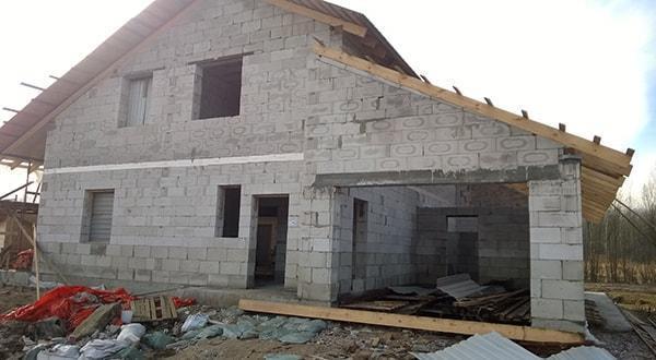 Строительство домов из пеноблоков.