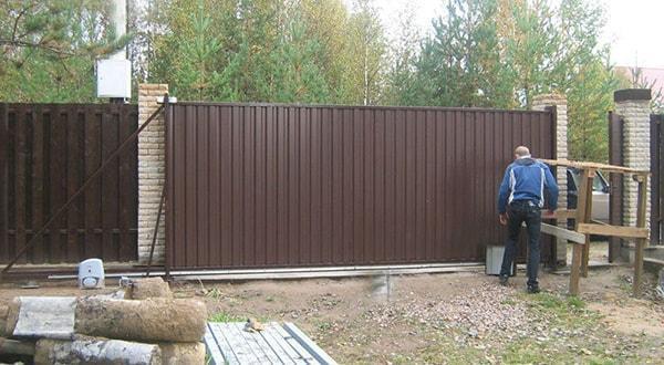 Монтаж ворот и калиток под ключ недорого заказать.