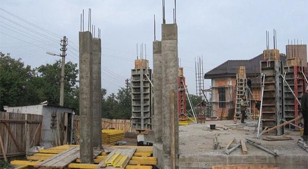 Монолитные колонны заказать. Строительство монолитных колонн.